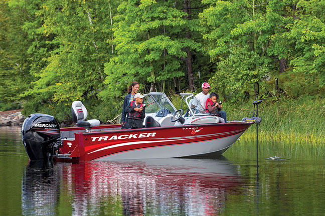 Wisconsin family fishing destinations for 2016 game fish for Fishing spots near me no boat