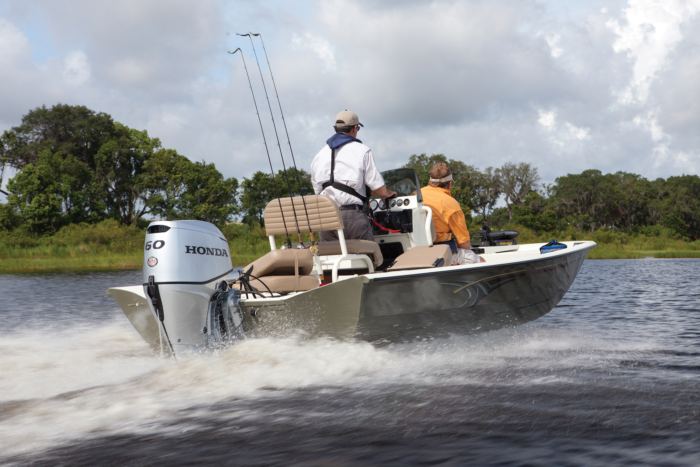 How to decide between a two or four stroke outboard boat for 2 stroke boat motors