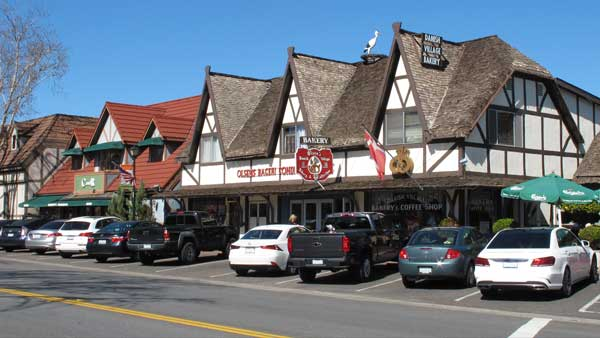 Solvang was founded as a community for Danish immigrants in the early 1900s and retains its Scandinavian heritage.