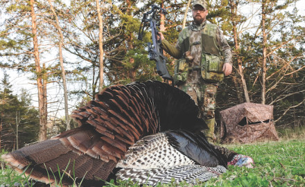 Crossbow hunting enthusiasts are very familiar with ground blinds. But do you know where to put