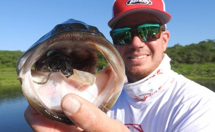Join Game & Fish Digital Editor Scott Bernarde on a trip targeting huge largemouth bass at Lake El Salto.