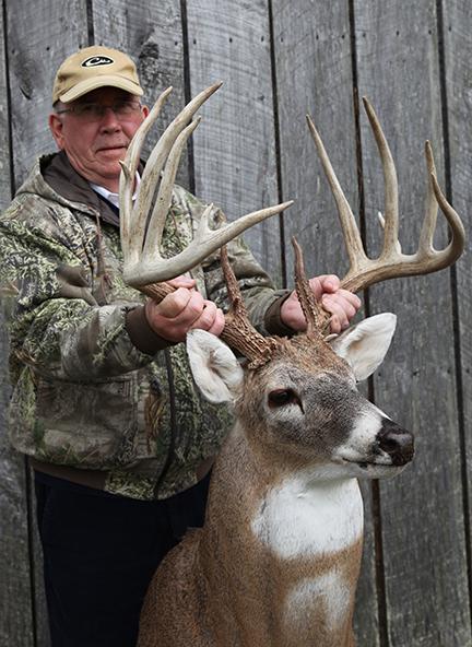 2017 Tennessee Trophy Bucks