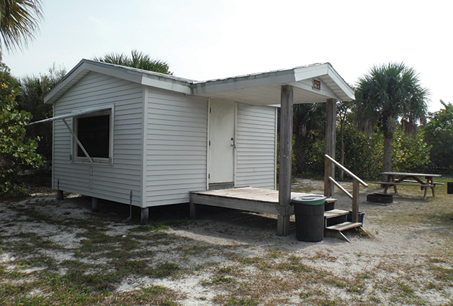 FL Vacation Lodge Shack