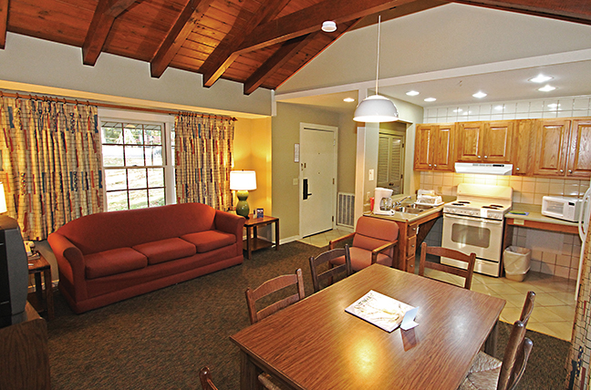 KY Vacation Lodge Room