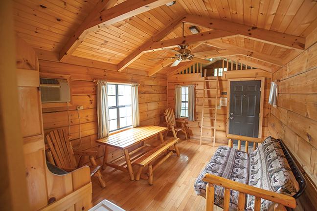 MO Vacation Lodge Interior