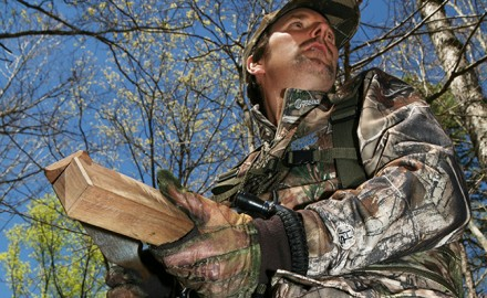 Using a mouth call leaves the hunter's hands free to get set up and shoot when Ol' Tom arrives on