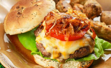 Best Venison Burger Recipe with Caramelized Onions