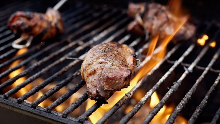 Grilled Venison Steak and Bacon Recipe