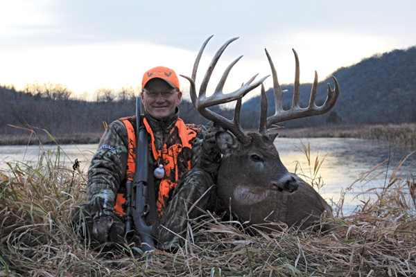 //www.gameandfishmag.com/files/best-big-buck-states-for-2014/minnesota.jpg