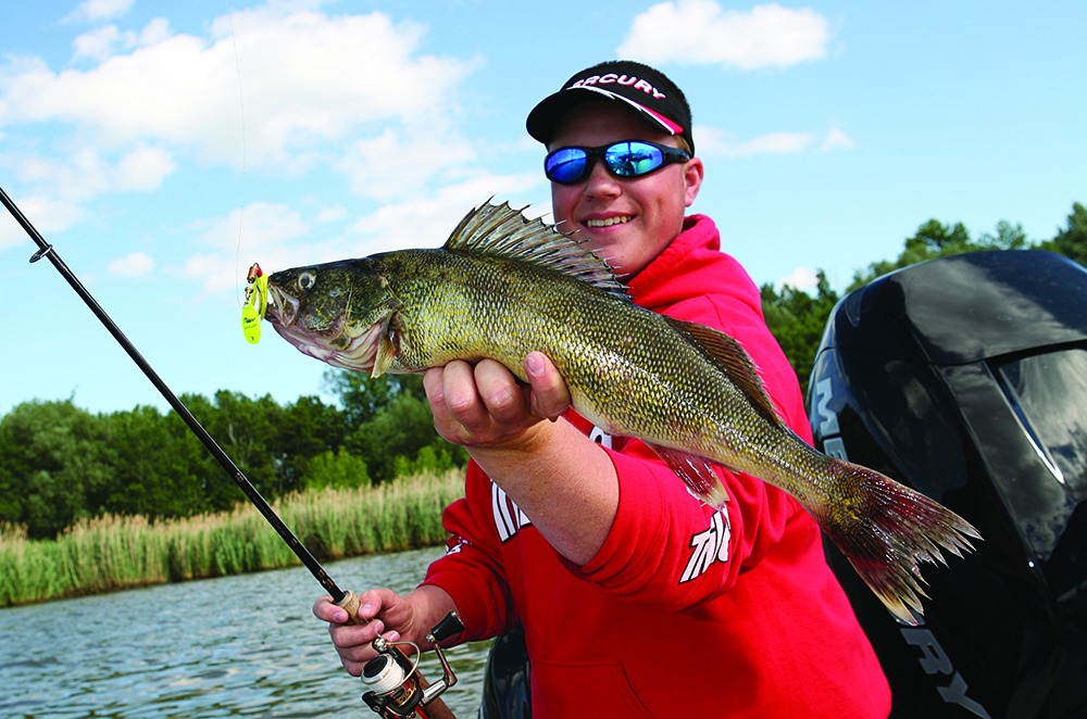 //www.gameandfishmag.com/files/best-february-fishing-in-your-state/tn.jpg