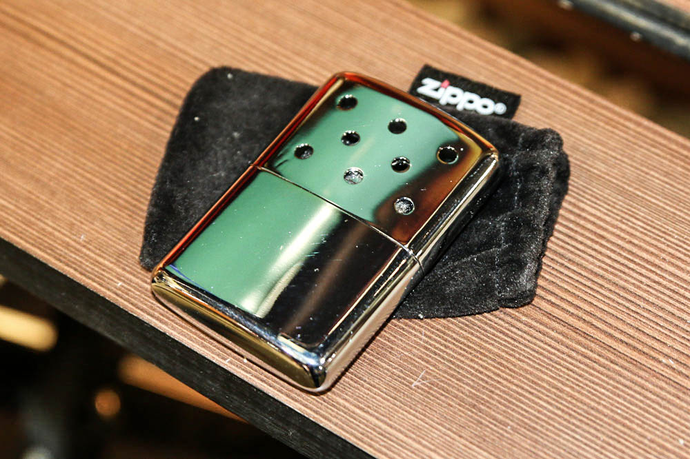 //www.gameandfishmag.com/files/best-new-products-from-shot-show-2015/zippo-hand-warmer.jpg