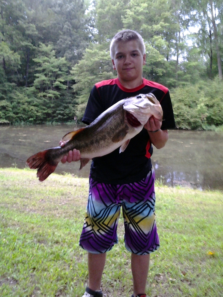 //www.gameandfishmag.com/files/craziest-catches-of-summer-2013/2-summer-catches-slide-2.jpg