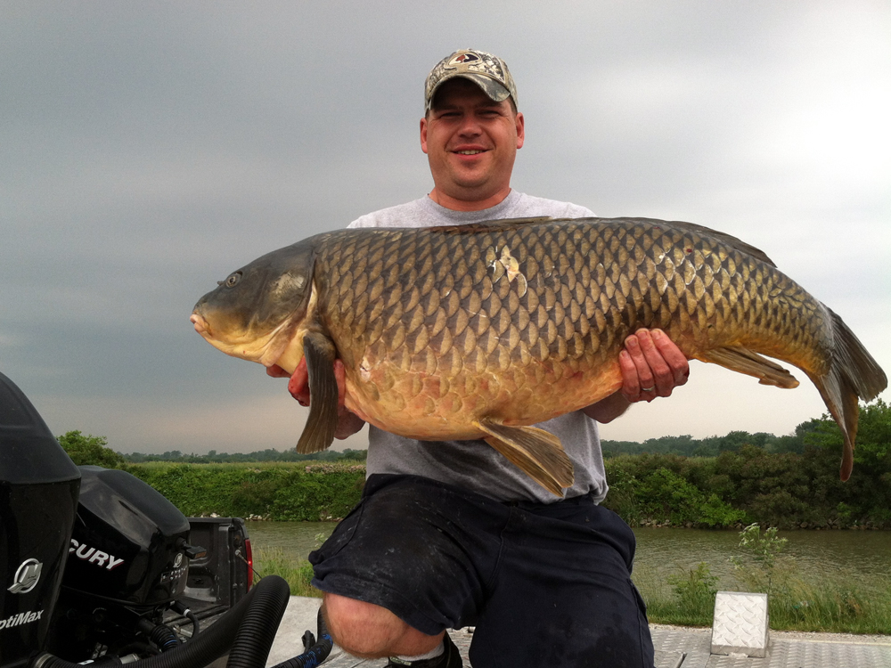 //www.gameandfishmag.com/files/craziest-catches-of-summer-2013/summer-catches-slide-8.jpg