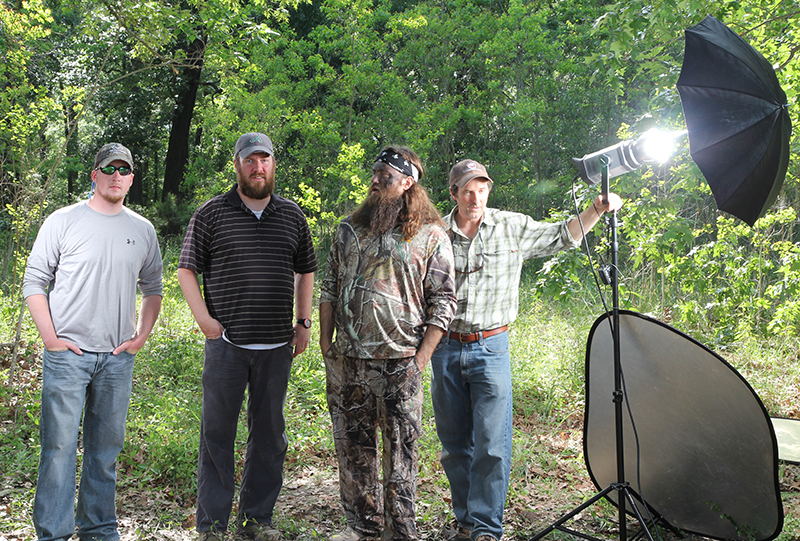 //www.gameandfishmag.com/files/duck-dynasty-willie-robertson-outtakes/img_3301f.jpg