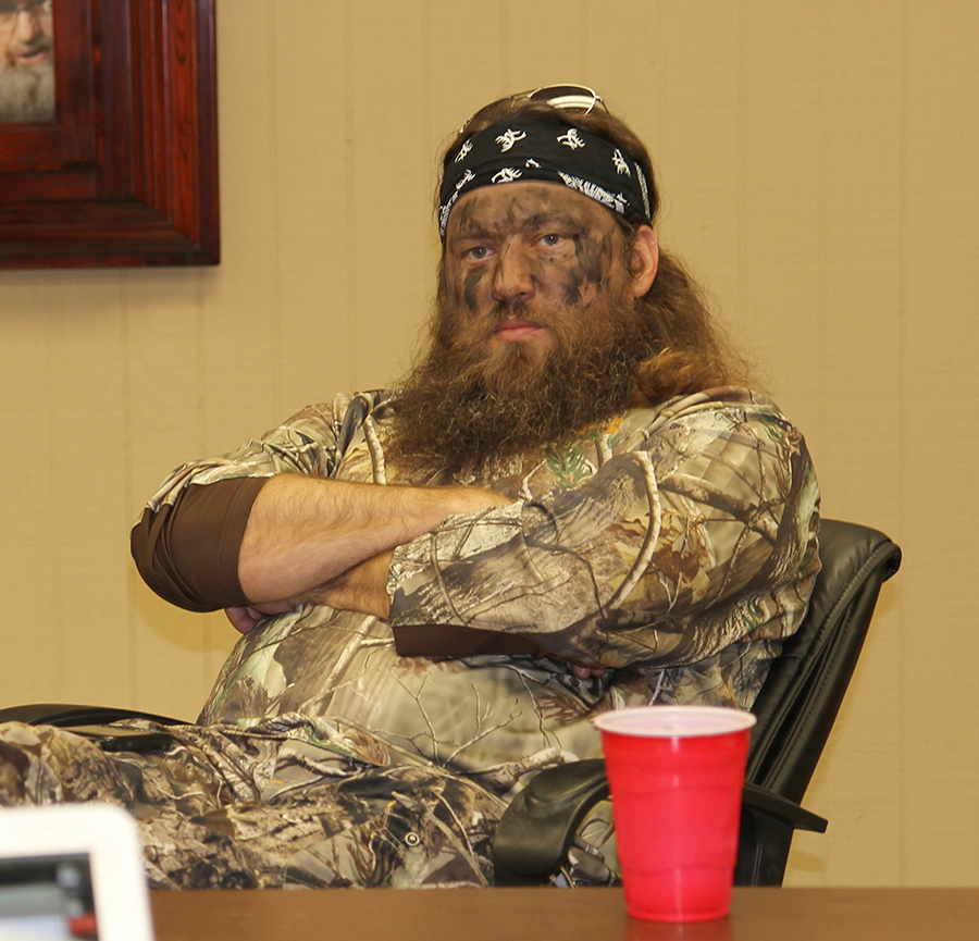 //www.gameandfishmag.com/files/duck-dynasty-willie-robertson-outtakes/img_3337.jpg