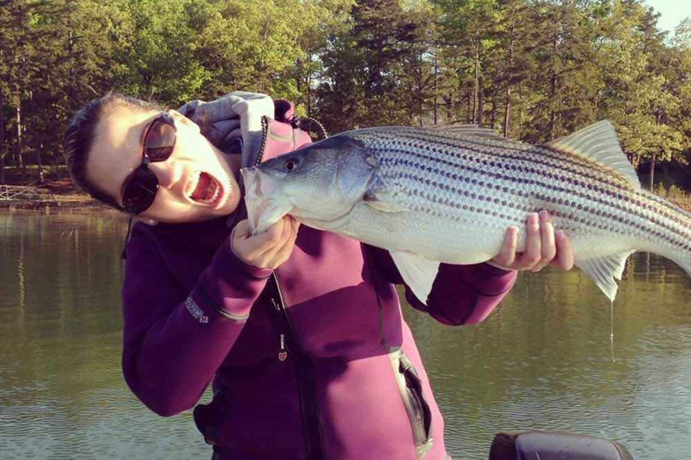 //www.gameandfishmag.com/files/girls-of-game-fish-angler-edition-part-iii/image24.jpg