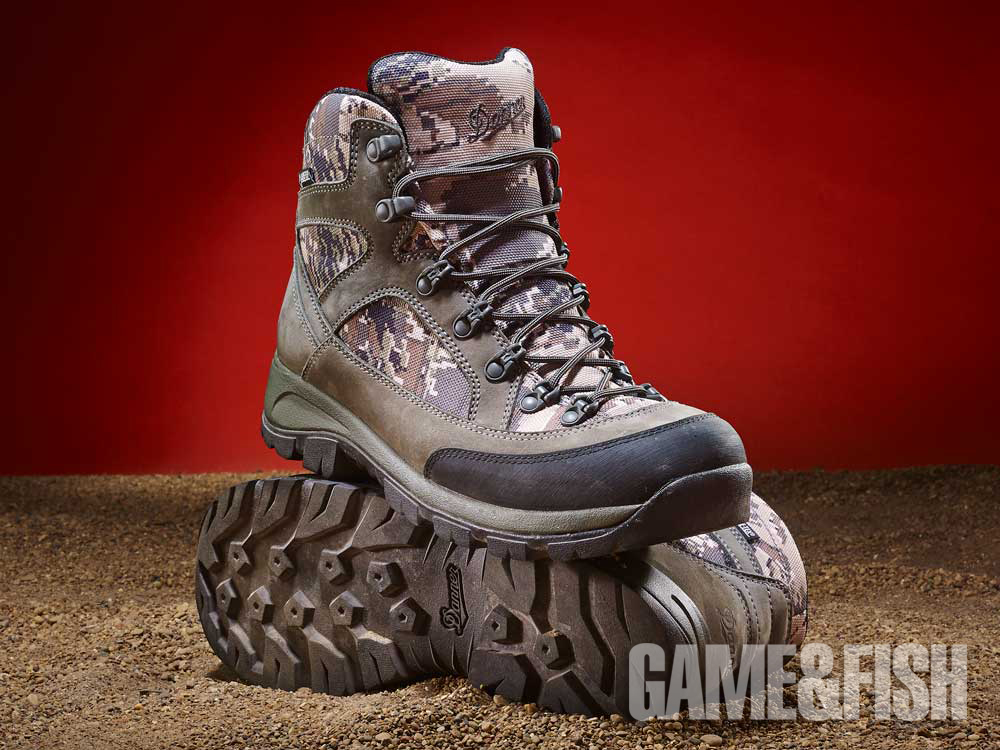 //www.gameandfishmag.com/files/head-to-head-review-best-hiking-boots-for-2014/danner_weight_2.jpg