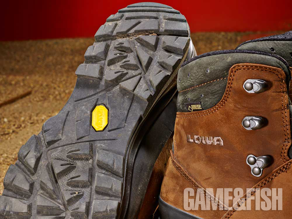 //www.gameandfishmag.com/files/head-to-head-review-best-hiking-boots-for-2014/lowa_traction_2.jpg