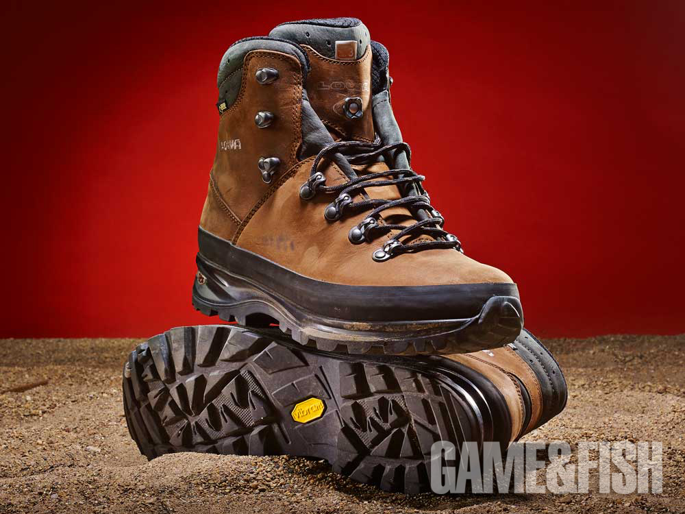 //www.gameandfishmag.com/files/head-to-head-review-best-hiking-boots-for-2014/lowa_weight_2.jpg