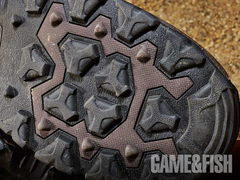 //www.gameandfishmag.com/files/head-to-head-review-best-hiking-boots-for-2014/red_wing_traction_2.jpg