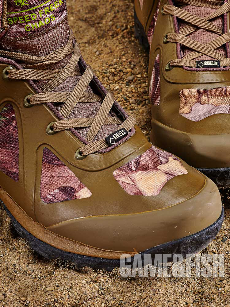 //www.gameandfishmag.com/files/head-to-head-review-best-hiking-boots-for-2014/under_armour_stability_2.jpg