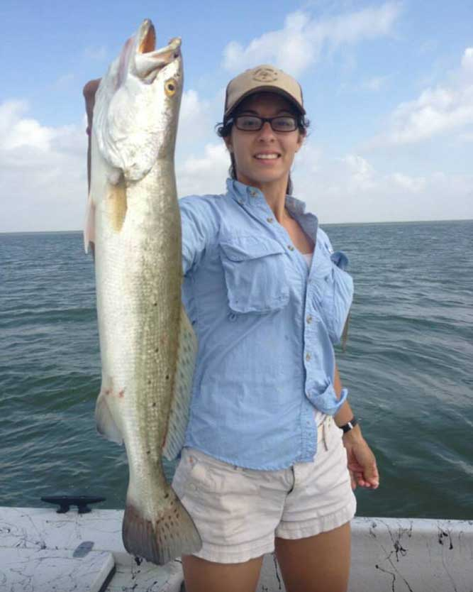 //www.gameandfishmag.com/files/the-girls-of-game-fish-angler-edition-ii/shannon-from-texas.jpg