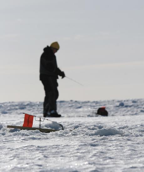Tip Up Ice Fishing Pike