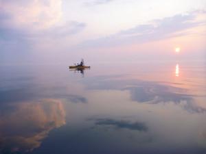 Kayak-Landscape-Water-In-Fisherman