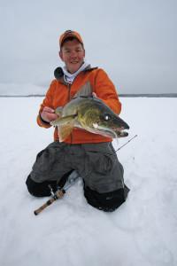 Walleye-Ice-Fishing-Jig-In-Fisherman