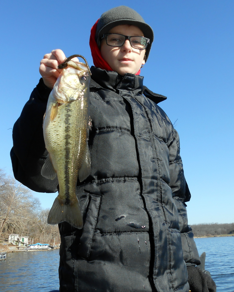 Wintertime Strolling for Shallow-water Largemouth Bass