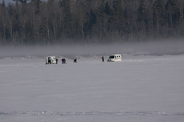 Shelters for Canadian Shield lake trout fishing