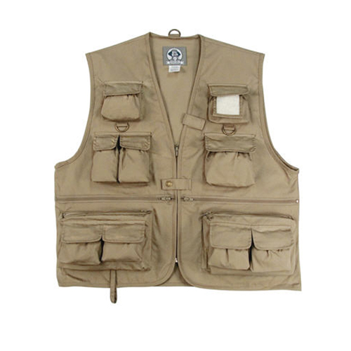 //www.flyfisherman.com/files/10-gifts-for-the-flyfisher/fly-vest.jpg