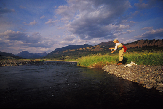 //www.flyfisherman.com/files/2011/07/img1-FFMP-090019-FIND-01.jpg