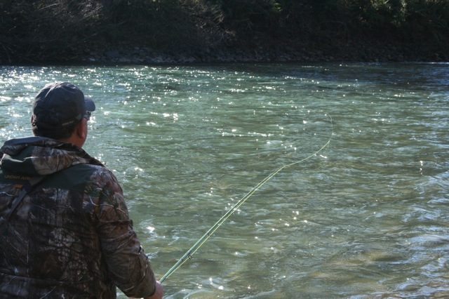 A couple great shots of anglers fishing for steelheads.