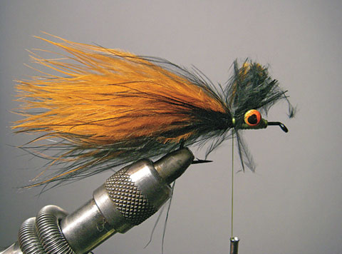 //www.flyfisherman.com/files/fly-tying-the-home-invader/home-invader-2-fly-fisherman.jpg