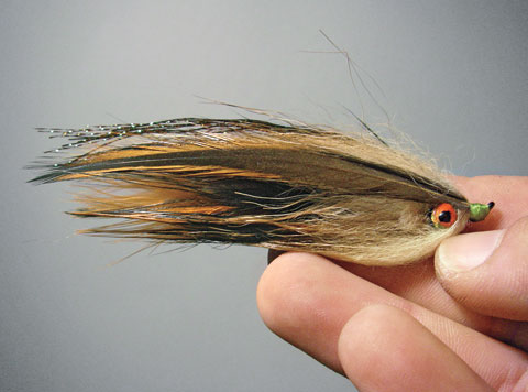 //www.flyfisherman.com/files/fly-tying-the-home-invader/home-invader-beauty-fly-fisherman.jpg