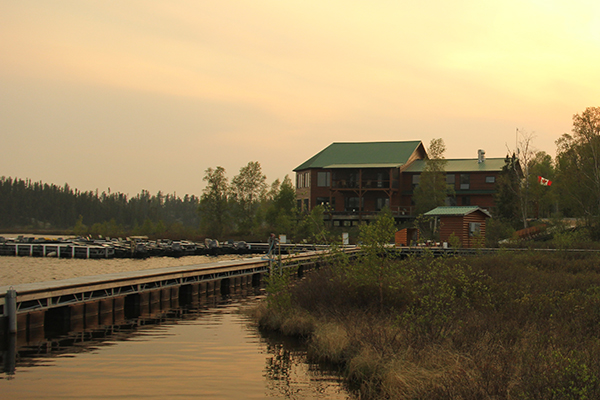 //www.flyfisherman.com/files/the-outfitters-wollaston-lake-lodge/2-img_2118.jpg