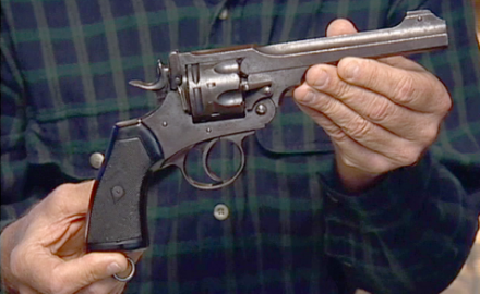Senior Editor Garry James and Steve Fjestad discuss the features and value of this Webley Mark 6