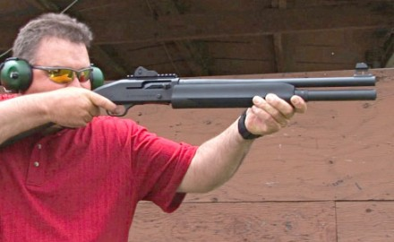 Gun review video on the popular Mossberg 930 SPX 12 gauge with a 18.5-inch barrel.