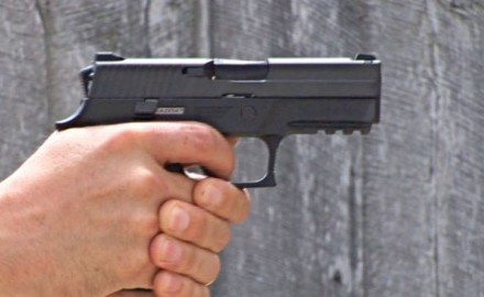 Gun review video on Sig Sauer P250 9mm.