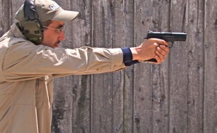 Gun review video on Smith & Wesson M&P 45 .45 ACP.