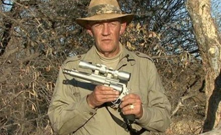 Join Dick Metcalf on a handgun Cape buffalo hunt where he shares what features are needed on a
