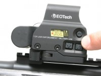 Brightness of the EOTech EXPS03 can be adjusted in steps with individual clicks of the brightness controls, or the control button can be held down to change the brightness quickly and continuously over its range.