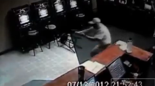 Senior Citizen Shoots Armed Robbers at Internet Cafe