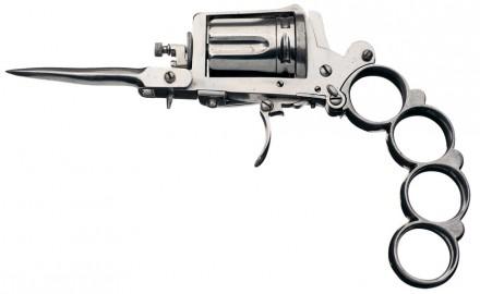 Apache Revolver_001