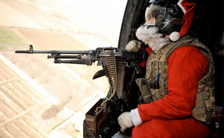 Santa_MachineGun
