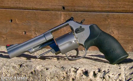 Smith & Wesson introduced nine new handguns in 2014, among which are a pair of revolvers that