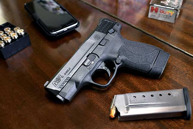 smith-wesson-m&p45-shield-F