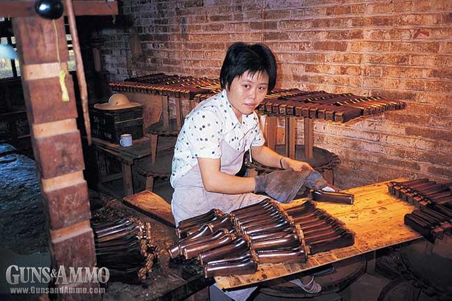 ak47-chinese-visit-factory-6