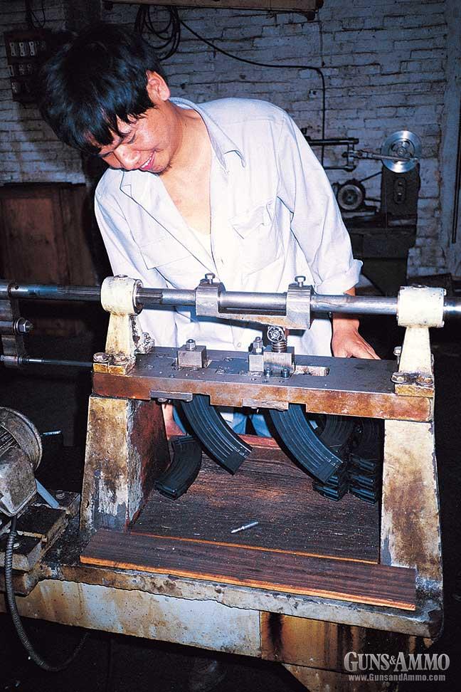 visit-chinese-ak47-factory-4
